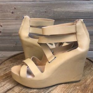⭐️Dolce Vita Nude Covered Wedge Sandal Size 9.5 ⭐️
